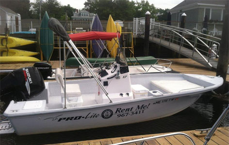 Pro Line 17 Foot with Center Console - 100 HP Suzuki Engine